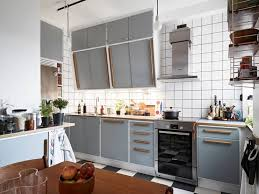 Retro Kitchen With A Modern Tough