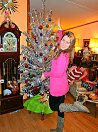 Evergleam Aluminum Christmas Tree Instructions by Christmas With Vintage Aluminum Christmas Trees Hubpages