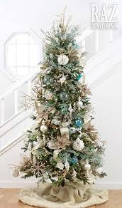 Coastal Christmas Tree Decorating Ideas 05 1 Kindesign
