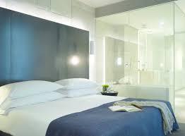 chambre avec salle de bain pour ou contre la salle de bain ouverte sur la chambre sdb