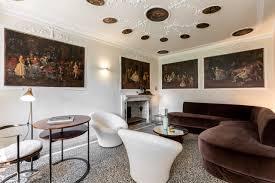 casetta rossa grand canal villa in venedig italy