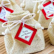 Download Wedding Cake Bags For Guests Corners