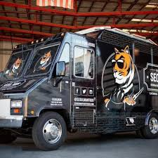 Seoul Man Food Truck - San Diego Food Trucks - Roaming Hunger