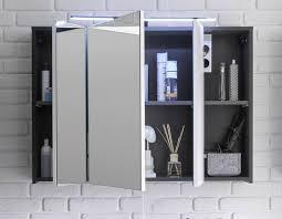 grau lichtschalter türen steckdose badezimmerschrank