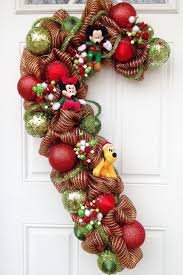 Plutos Christmas Tree Ornament by 42 Best Mickey And Minnie Christmas Theme Images On Pinterest