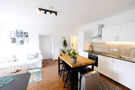 moderne wohnung mit gratis netflix in gmunden flats for