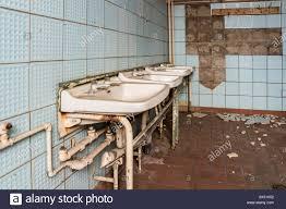 ddr factory waschraum stockfotografie alamy