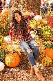 Pumpkin Patches Near Dallas Tx 2015 by Senior Pumpkin Patch Photos Bing Images Fall Pumpkin Patch