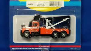100 Plastic Model Trucks Buffalo Road Imports Mack B TowTruck Flying A Towing TRUCK TOW