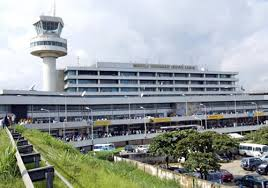 bureau de change 2 robbers invade murtala muhammed airport raid bureau de change