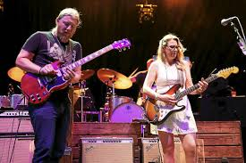 Review: Tedeschi Trucks Band's Wheels Of Soul Tour Rolls At Freedom ...