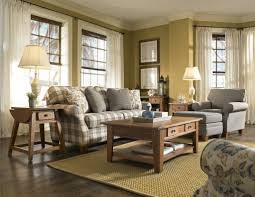 FurnitureAwesome Country Style Living Room Furniture With White Double Table Lamp And Pattern Leather