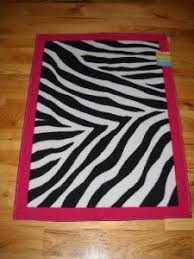 New Rug To Match Her Hot Pink And Zebra Print Room