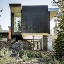 100 House Design Architects Creek By Faulkner Preserves Boulders On Steep Site