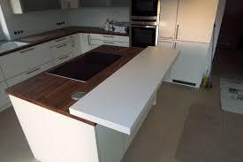 eckküche mit insel und theke haus küchen wohnküche küche
