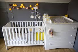 chambre bébé grise et unglaublich chambre bebe grise et jaune deco gris visuel 3