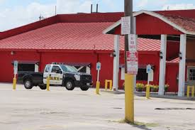 SAPD: Waiter At Little Red Barn Steakhouse Opens Fire After Patron ... Bman Customz Home Facebook Used Gmc Yukon Xl For Sale Longview Tx Cargurus Barn Support Beams Hay In Texas Map 2014 Scheid Diesel Extravaganza Race Report Radial Tire Racing Association Rebellion At North Tires Falken Tires Island Automotive Services Auto Repair Oil Change