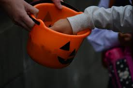 Halloween Candy Dish Dog Food by How Americans Became Convinced Their Halloween Candy Was Poisoned