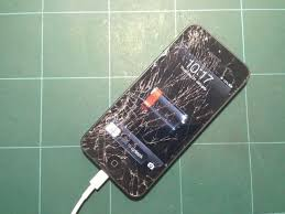 The Apple Store Will Now Repair Your Broken iPhone 5 Screen For