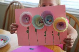 Last Year We Made These Pretty Spring Flowers As Part Of Our Party For Preschoolers This Im Living Day To With The Arrival Baby 4 So
