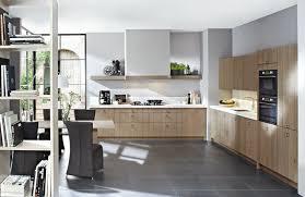 cuisine et tendance cuisine tendance bois cuisiniste la baule15