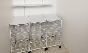 How to build linen closet shelving