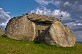 100 Flintstone House Dick Clark 9 Wacky S That Prove People Can Live Comfortably In The