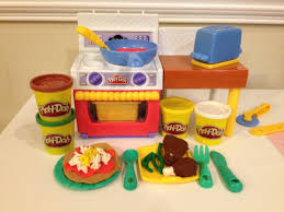 Play Doh Meal Makin Kitchen How to Make Play Doh Pizza and