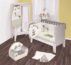 chambre bébé disney chambre winnie lourson bleu chaios com