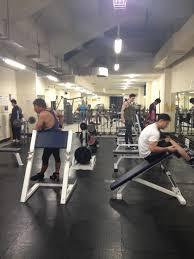 salle de sport pas chere s entrainer dans une salle de sport pas cher à otemachi