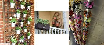 un jardin pour balcon avec des pots de fleurs aménagement mini