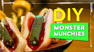 Halloween Hotdog Fingers Recipe by Mac U0026 Cheese Brains Severed Finger Sandwich Recipes Youtube