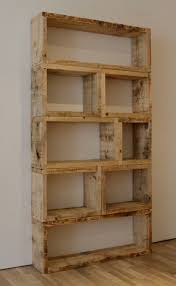 Pallet Bookcaseman All The Crazy Things You Can Make Out Of