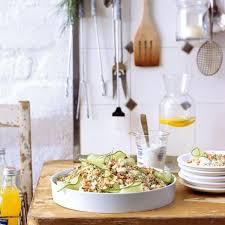 couscoussalat mit krabben und fetakäse