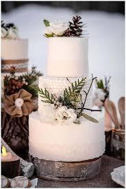 Winter Wedding Cakes 0001