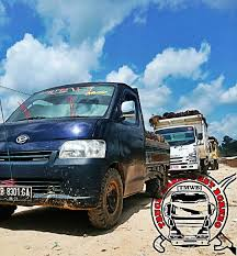 100 Truck Mania 1 Berbeda Jumlah Roda Tetapi Tetap Tuan Muda Junior