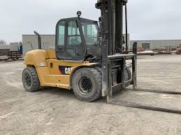 100 Cat Lift Trucks Used 2009 CAT P33000 In Houston TX