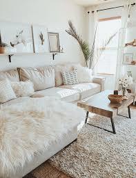 white living room modern boho farmhouse weißes wohnzimmer