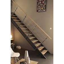 maison avec escalier exterieur 6 escalier droit structure