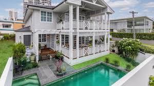 100 Beach House Gold Coast Main Al Hamptons Home YouTube