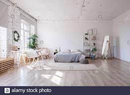 stilvolle loft schlafzimmer innenausstattung geräumiges