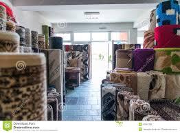 magasin de tapis tapis colorés dans le magasin photo stock image 47861336