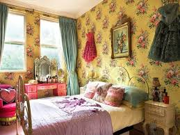 Cute Bedroom Decor Unique Beautifull Wallpaper With Flower Accent In Vintage