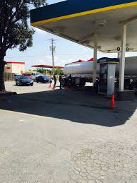 100 Truck Stops In San Antonio Tx Roughly 72 Percent Of Gas Stations Out Of Fuel As Panic