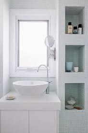 helles badezimmer mit modernem bild kaufen 11359827