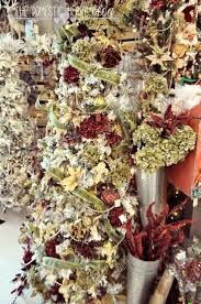 Raz Christmas Trees 2012 by 159 Best Christmas Trees Victorian Images On Pinterest Xmas
