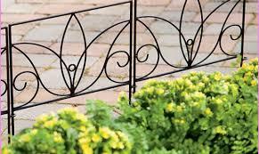 Decorative Garden Fence Border by 100 Cheap Garden Fencing Ideas Plastic Garden Fencing