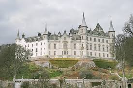housse siege auto castle dunrobin castle castle in golspie sutherland stravaiging around