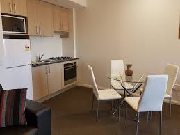 The Kitchenette and Dining Area of Hamilton 1 Bedroom Studio