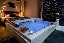 chambre avec spa privatif belgique louer loft romantique à bordeaux pour deux avec et lit